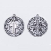 Medalik z wizerunkiem Św. Benedykta