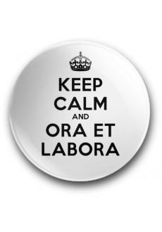 Keep Calm and Ora et Labora (magnes, wersja biała, średnica - 56 mm)
