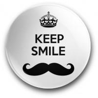 Keep smile (przypinka, średnica - 56 mm)
