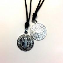 Medalik św. Benedykta (aluminiowy ze sznurkiem)